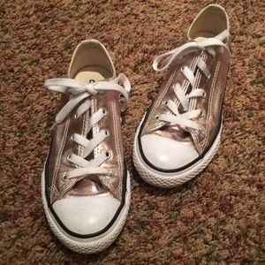 Rose gold girls converse